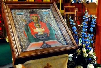 Свято-Иннокентьевский храм посетил чудотворный образ «Неупиваемая Чаша»