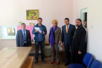 Сотрудничество Министерства здравоохранения края и центра реабилитации бездомных людей «Надежда» продолжается