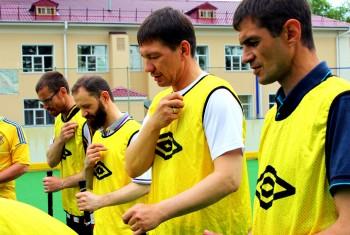 Вести-Хабаровск. Священники приняли участие в турнире «Флорбол для всех»
