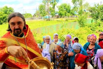 Престольный праздник отметил приход поселка Мухен