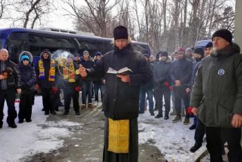 В Хабаровске помолились за погибших 34 года назад в давке на стадионе им. Ленина