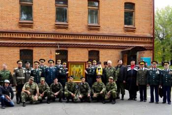Икона святых покровителей казаков торжественно перенесена в штаб окружного казачьего общества Хабаровского края