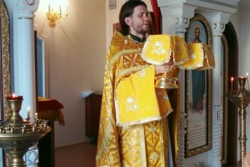 В домовом храме пророка Елисея при Перинатальном центре в день престольного праздника была отслужена Божественная Литургия